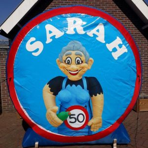 Verkeersbord sarah cartoon  € 35,00